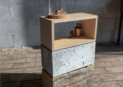 hout-beton-hout bijzetkastje